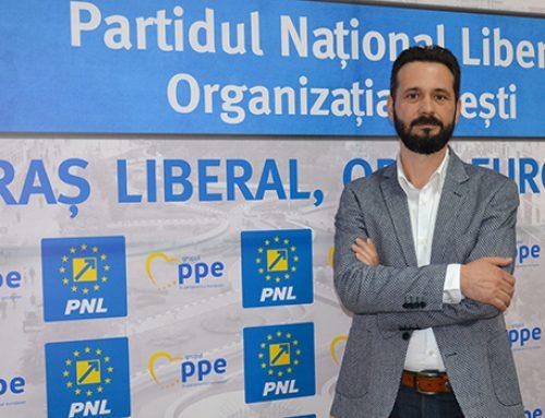 """Mihai Coteţ: Hai să votăm şi ,,pentru""""!"""